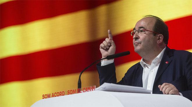 """Iceta advierte a Colau de que el PSC """"no participa en gobiernos que se saltan las leyes"""""""