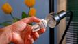 La refacturació de la llum suposa un càrrec mitjà d'uns dos euros