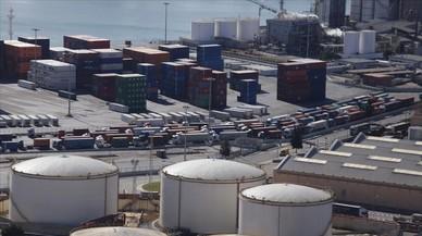 El conflicte laboral dels estibadors comença a afectar el Port de Barcelona