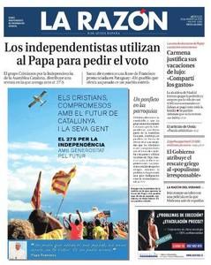 Del panfleto independendista que usa al Papa para pedir el voto y las vacaciones de Carmena