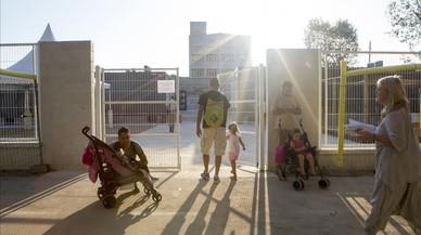 Los sindicatos exigen a Ensenyament un protocolo contra el calor en las aulas
