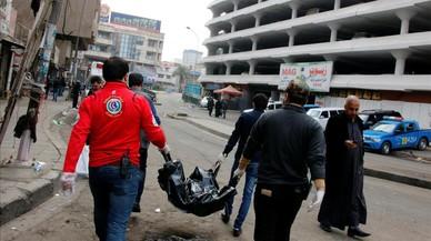 Dos terroristes suïcides maten una trentena de persones a Bagdad