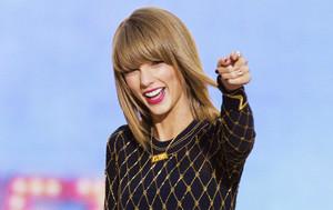 La cantante Taylor Swift, actuando en un programa de la cadena ABC.