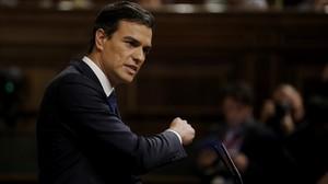 Pedro Sánchez interviene en la segunda votación de la investidura de Mariano Rajoy.