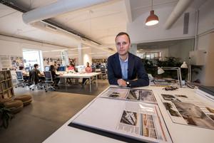 Maximià Torruella, en su despacho de arquitectos PMMT.