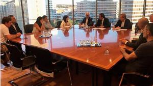 La reunión entre los alcaldes metropolitanos y Rull.