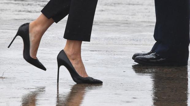 Els talons de Melania Trump provoquen la polèmica en la seva visita a Texas