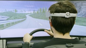 171228 nissan brain to vehicle technology tiv for ces image03 driving simulator prototype