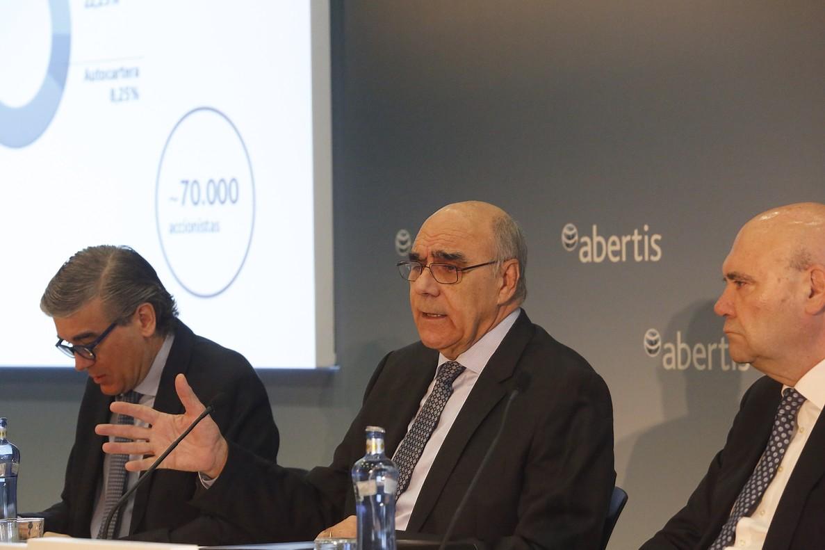 La italiana Atlantia lanza la opa y se compromete a mantener en BCN la sede de Abertis
