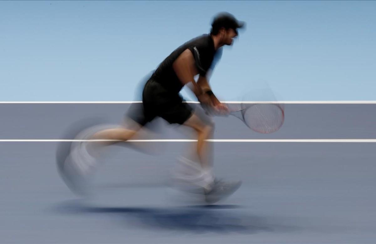 Andy Murray en acción durante su partido contra el croataMarin Cilic.