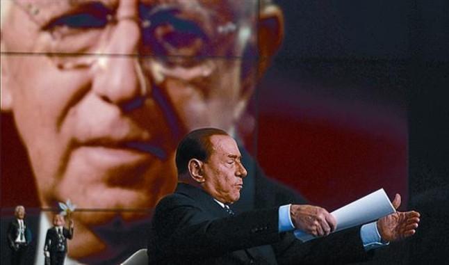 Berlusconi afirma que Monti se convertirá en un «politiquillo»