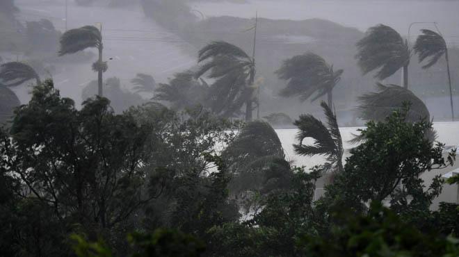El cicló 'Debbie' toca terra a Austràlia