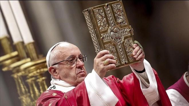 El Papa demana al clero que abandoni les propietats no vinculades al culte