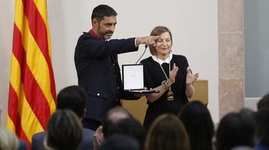 Els Mossos reben la medalla d'honor del Parlament