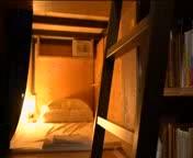 Dormir en una llibreria ja és possible al Japó...un hotel càpsula temàtic.