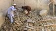 Més de 300 morts en el terratrèmol que va sacsejar l'Afganistan i el Pakistan