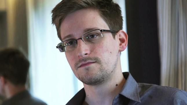 Snowden solicita asilo pol�tico en Rusia