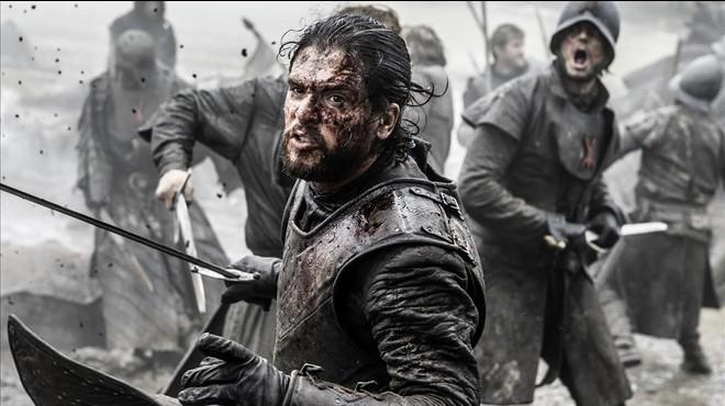 El actor Kit Harington, que encarna a Jon Nieve en 'Juego de tronos', en una escena de acci�n de la macroproducci�n de la cadena HBO.