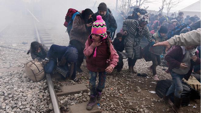 """Una infermera catalana a Idomeni, entre plors: """"Europa és assassina, està gasant els que fugen de la guerra"""""""