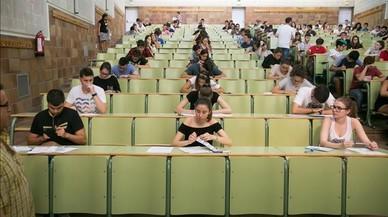 Espanya justifica la seva poca inversió educativa en la baixa taxa de natalitat