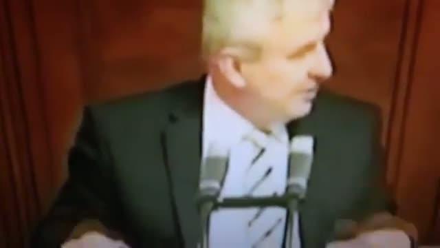 Polèmica amb el primer ministre txec pel seu llenguatge groller sobre el funeral de Mandela