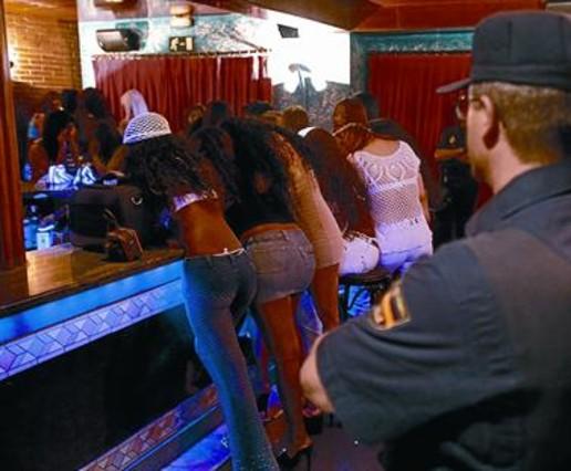 prostitutas en santa coloma prostitutas baleares