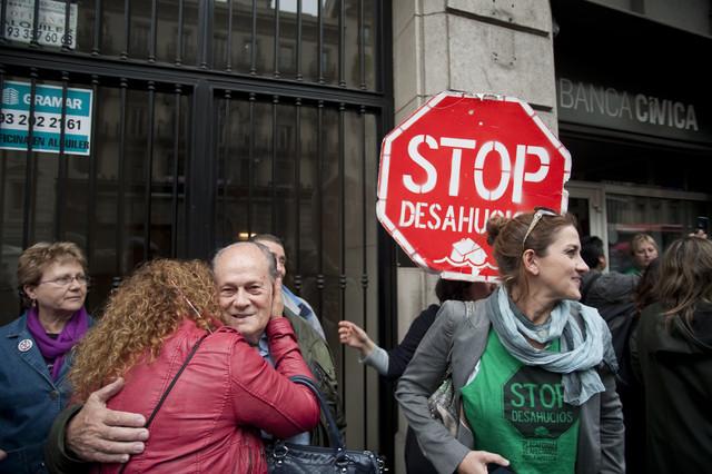 Una parella d'avis de Sabadell aconsegueixen pactar amb el banc per evitar el desnonament