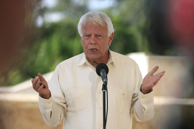 Felipe González defiende la participación política de los investigados por el 'procés'