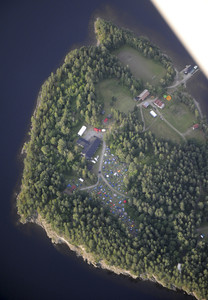 Al menos 92 muertos en el doble atentado en Noruega