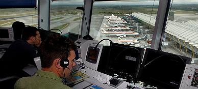 """<span style=""""font-size:40px;line-height:42px;"""">Colapso a�reo por una aver�a en el radar de Madrid-Barajas</SPAN>"""