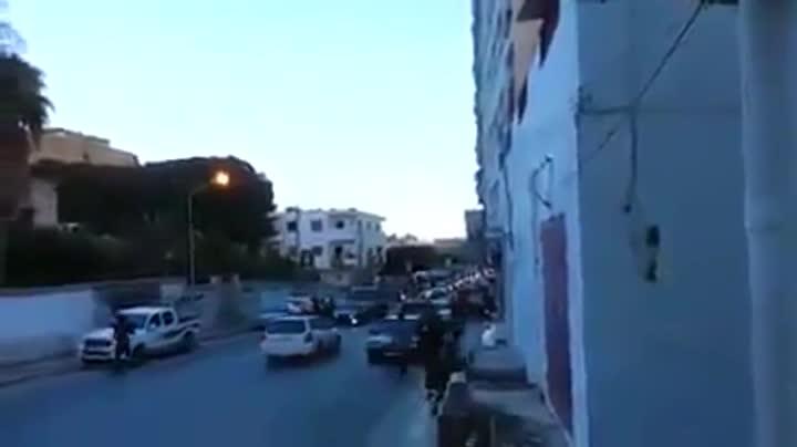 Celebración en las calles de Darna de su adhesión al estado Islámico.