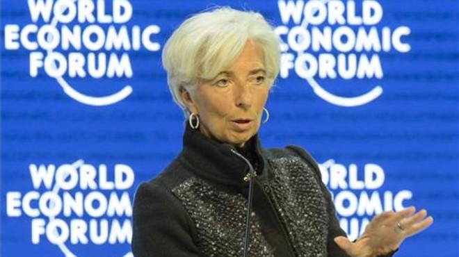 Lagarde: la crisi de refugiats ha arribat al punt d'amenaçar Schengen