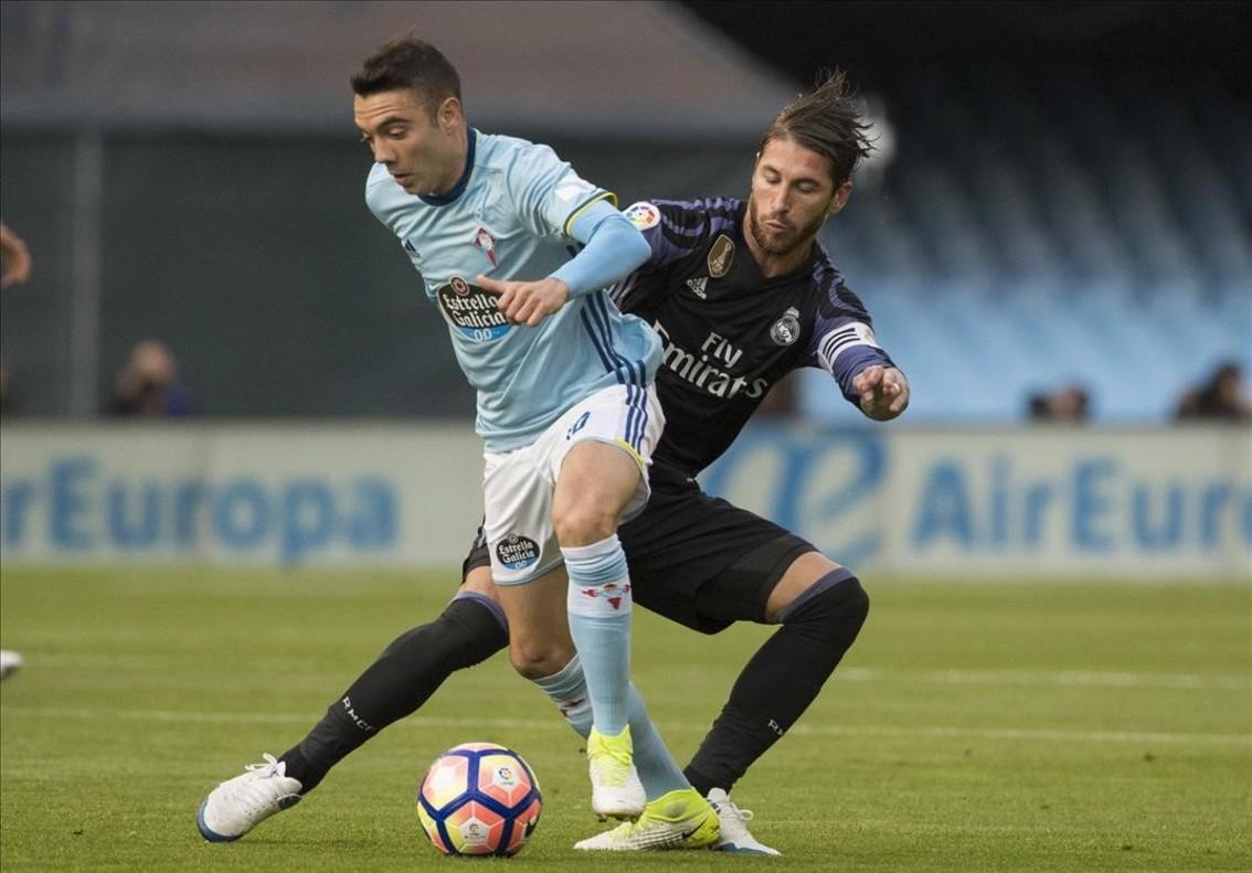 Iago Aspas y Sergio Ramos, durante el partido del miércoles pasado en Balaídos