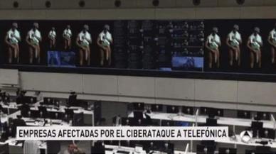 El 'negre de WhatsApp' ressuscita a Antena 3 durant la notícia del ciberatac a Telefónica