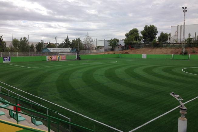 El Ayuntamiento de Rubí renueva las instalaciones eléctricas del campo de fútbol Can Fatjó