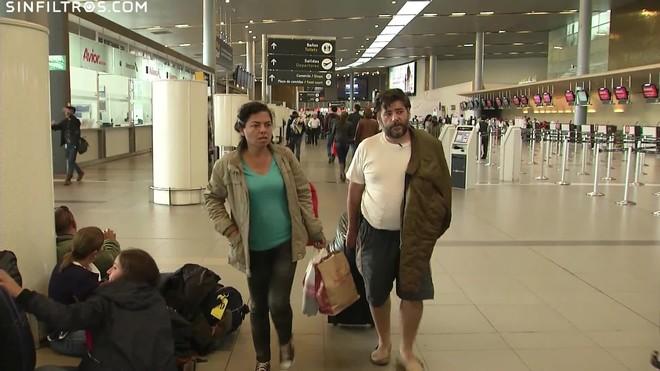 Atrapat a la terminal de l'aeroport de Bogotà