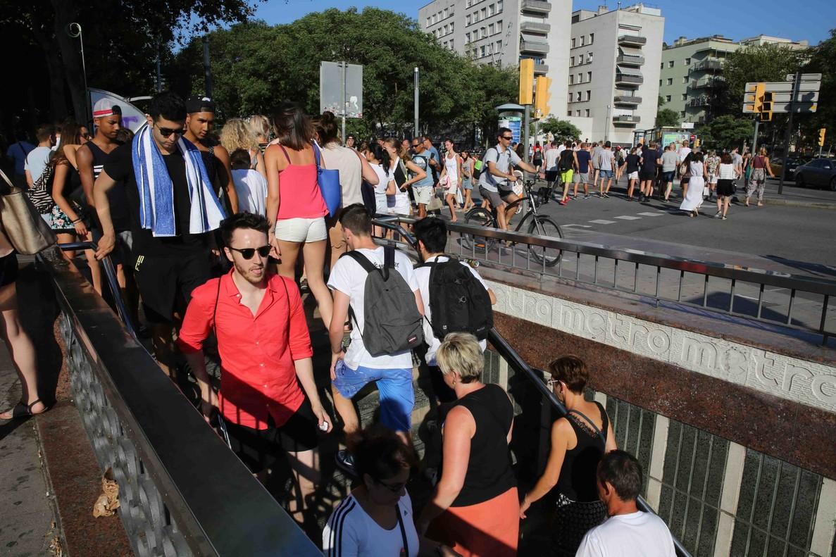 El metro de la barceloneta por fin tendr escaleras mec nicas for Escaleras 4 metros