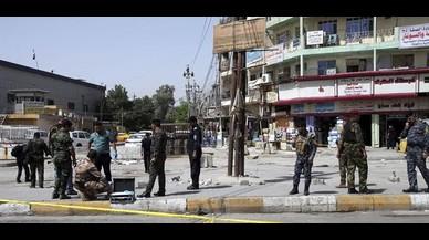 Dos atemptats suïcides causen 15 morts a Bagdad