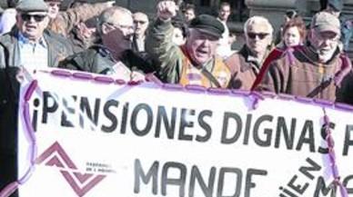 Las nuevas pensiones se reducirán el 4% cada década