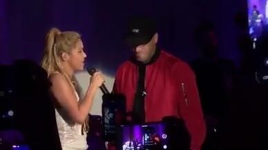 Shakira y Nicky Jam actuaron en la fiesta de presentación del álbum 'El Dorado' de la cantante colombiana.