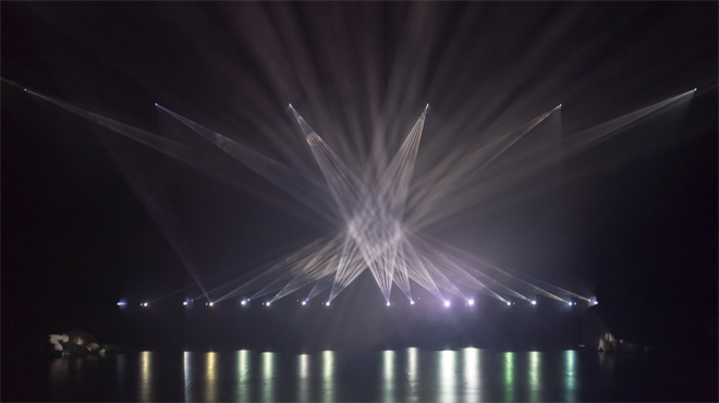 Teaser de 'Phosphere' de Daito Manabe, la instal·lació que es veurà al SonarPLANTA