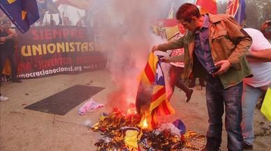 Insultos y amenazas a los periodistas que cubrían la manifestación ultra del 12-O