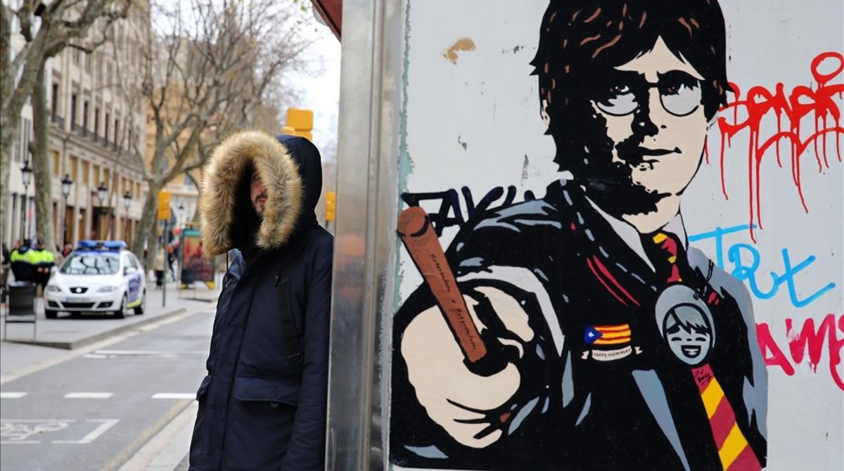 carles puigdemont graffiti tvboy