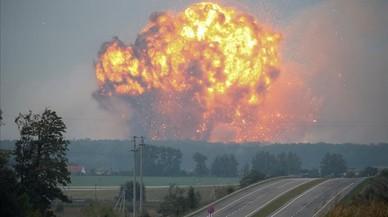 24.000 evacuados por las explosiones en un almacén de municiones en Ucrania