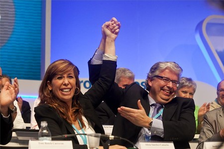 Jordi Cornet, secretario general, y Alicia Snchez Camacho, presidenta del PPC, durante el congreso.