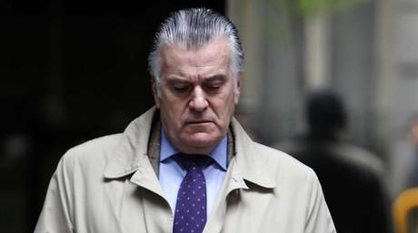 El extesorero del PP Luis B�rcenas, el pasado 10 de abril, tras acudir a la Audiencia Nacional a firmar ante el juez.