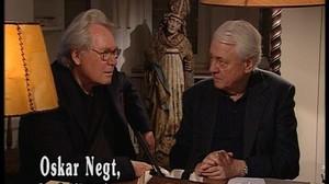 El cineasta Alexander Kluge (derecha) junto a Oskar Negt.