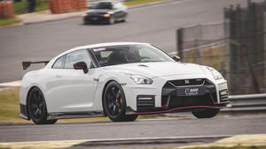 Nissan une a cientos de apasionados en el Circuito del Jarama