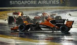 Alonso tuvo que abandonar el Gran Premio de Singapur