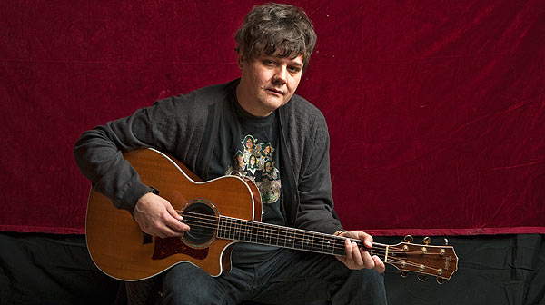 Ron Sexsmith interpreta en ac�stico la canci�n 'If only avenue'.